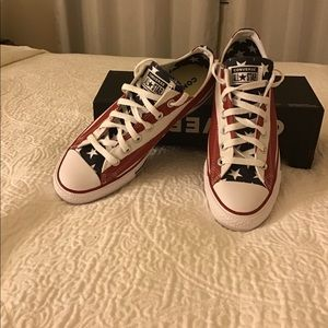 Converse ctas ox flag size 7 sneakers unisex